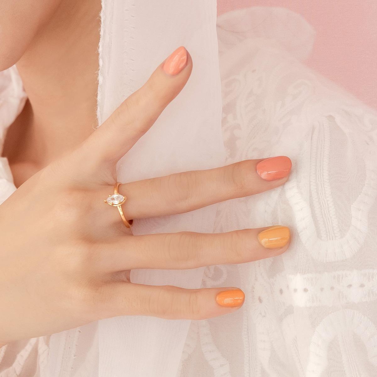 玩美持色指甲油-LJ111 身為女孩的勇敢